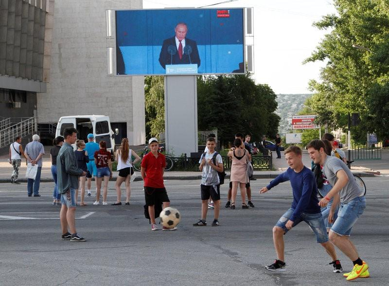 Russia accused of using World Cup to bury bad news https://t.co/zM5mnsBhHB