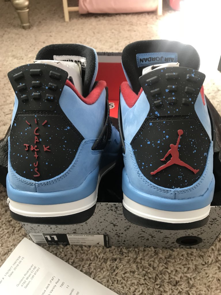 cb09a235f5fd3  Nike shoeionare just experienced what happened to you I ordered a pair of  Travis Scott 4 F F   received the gr Pair!  stockx needs to step up there  ...