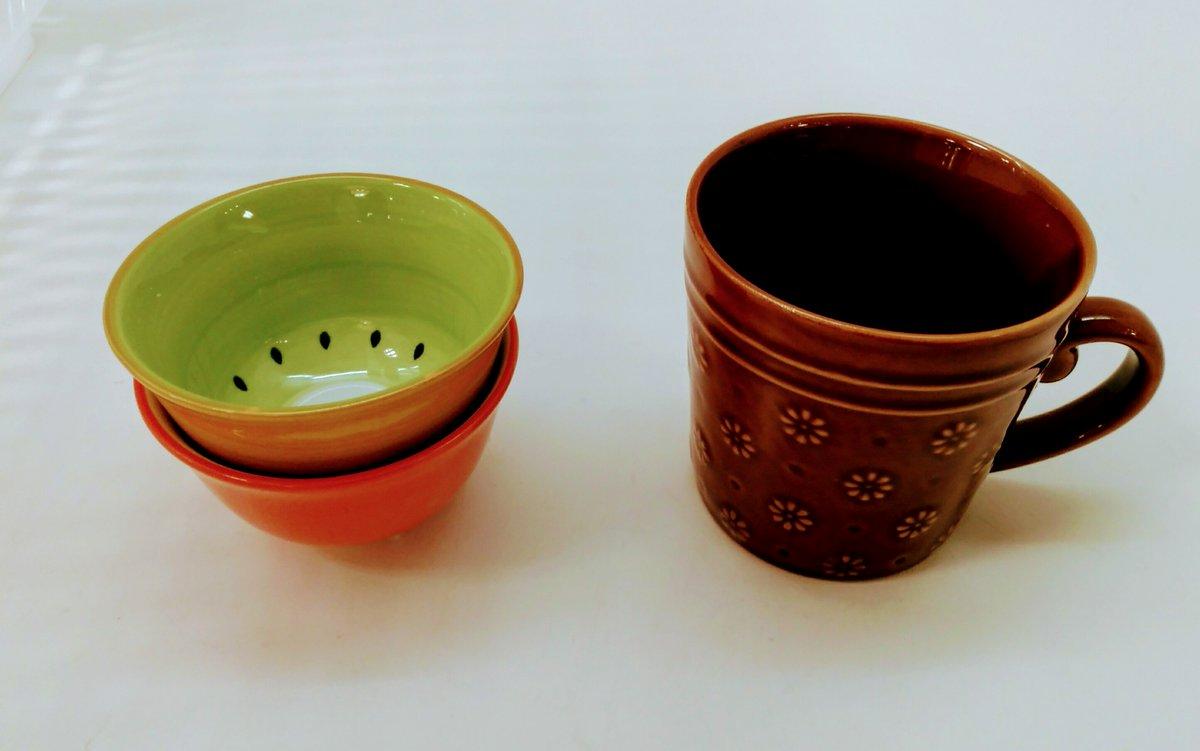 test ツイッターメディア - #100均 #セリア  最近は100均食器も可愛いのたくさんでてますね! この前の地震で会社で使ってたマグカップが欠けてしまったので、また買いました。フルーツ柄??の食器もあって、可愛いから思わず買ってしまった?? https://t.co/Pu093N8f5d