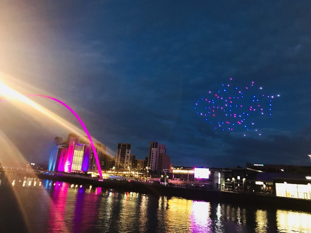 I'm completely sold to the spectacular while subtle beauty of #droneArt.After years in disbelief I accept it: it's a new world for art &amp; technology to merge &amp; both sides are to win out of it. #PyeongChang2018 went for Olympic scale, #getNorth2018 was beautifully clever #impacts18<br>http://pic.twitter.com/IrBJBxfYtk