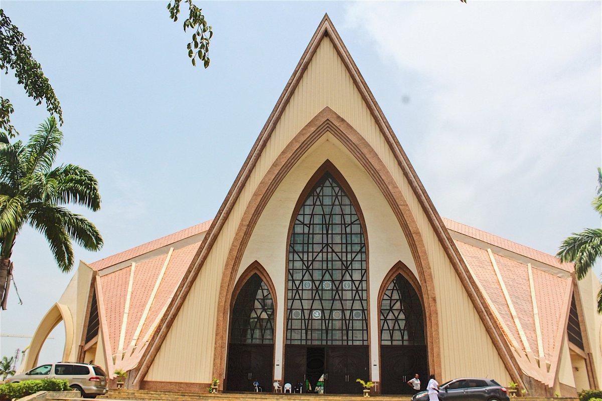 Voľný cukor múmie orgie v Abuja