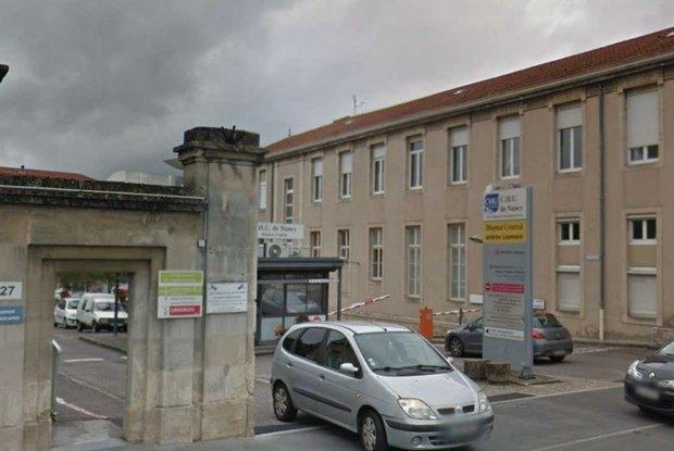 Fine vita. #Francia, i medici «staccano la spina» alla 14enne Inès https://t.co/9LCB55IY0L