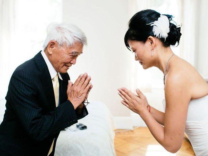 ver a sus hijas antes de la boda