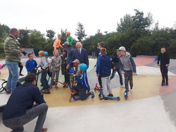 Opgeknapte skatebaan Arckelweg feestelijk geopend https://t.co/ttKGMbMTLA https://t.co/M1bSkpVtDi