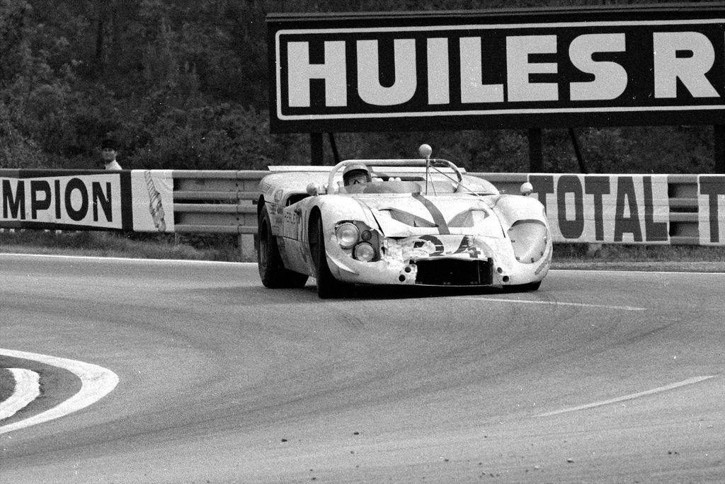 Healey SR XR37 Repco V8 driven by Roger Enever and Andrew Hedges #Healey #LeMans @LienhardRacing<br>http://pic.twitter.com/M4nSxjGIMN