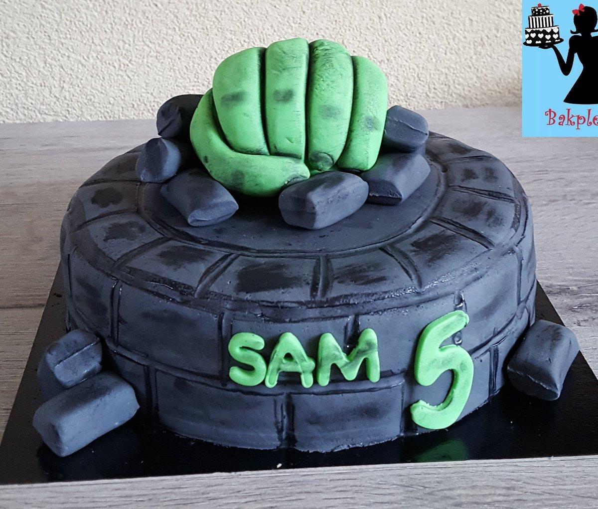 Marvelous Bakplezier On Twitter Hulk Birthday Cake Birthday Cake Funny Birthday Cards Online Alyptdamsfinfo