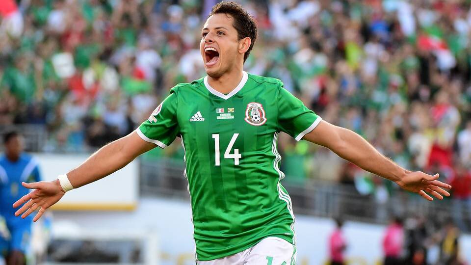 🇲🇽 @CH14_ for Mexico:  🏟 Games: 104 ⚽️ Goals: 50  ✅ Mexico's All-Time Top Golscorer