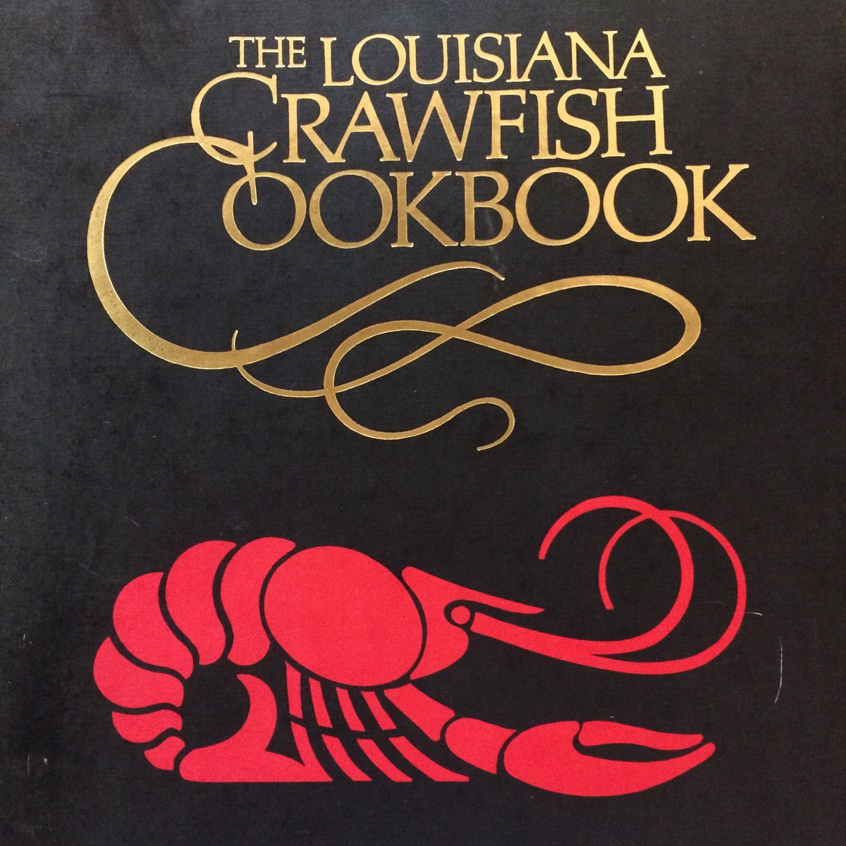 We are a peaceful football free zone. We will happily serve you a giant platter of boiled crawfish and let you forget it's even happening! Take a load off and get crackin'! #plaqueminelock