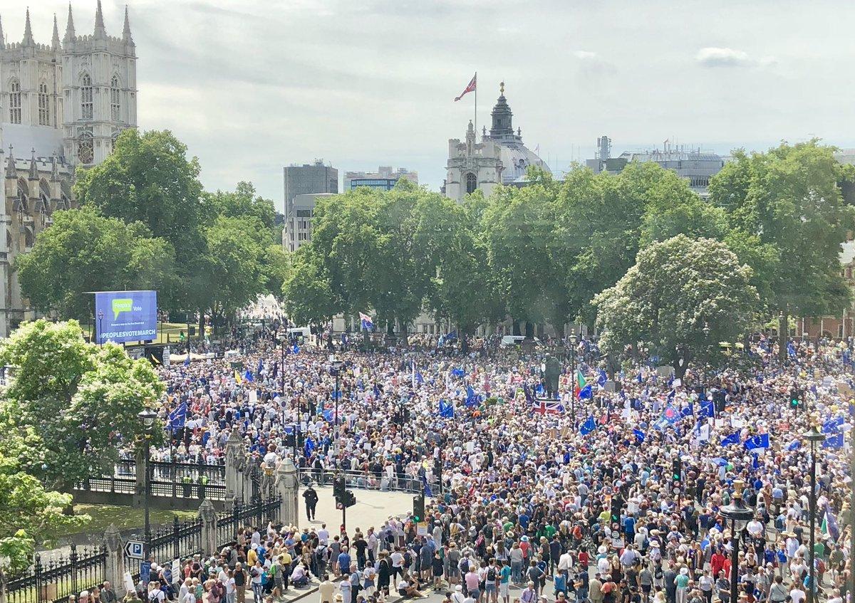 Chris Leslie's photo on #Brexit