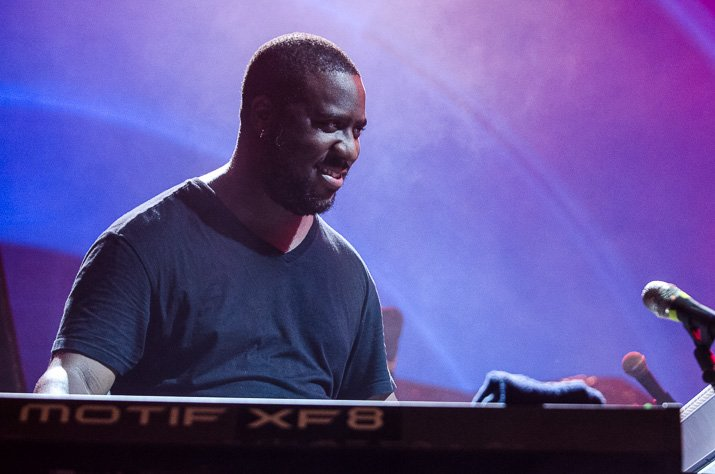 EXCLUSIVE: @RobertGlasper speaks with Okayplayer about his group @RflectRspondNOW, celebrating #Juneteenth, & how there are no bad mistakes in music. bit.ly/RobertGlasperO…