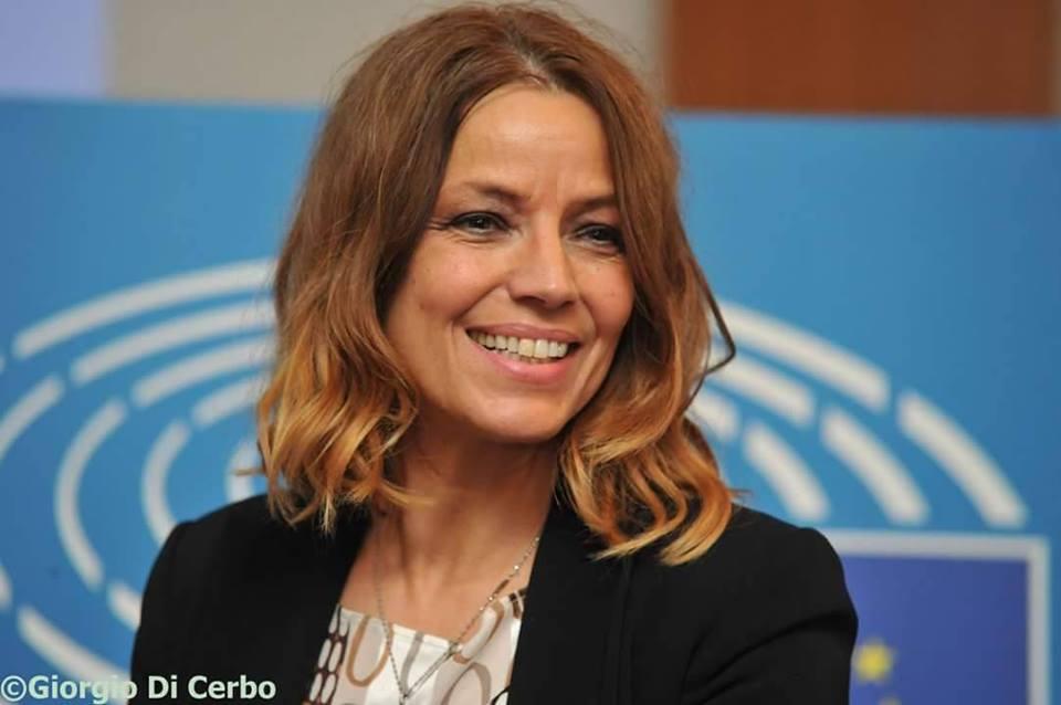 @EGardini : SE IL CENTRO DI COORDINAMENTO, (MRCC) CHE COORDINA GUARDIE COSTIERE DI #ITALIA, #MALTA E #LIBIA, CHIEDE A MALTA DI ACCOGLIERE NAVE, IL PRESIDENTE MALTESE #MUSCAT NON DOVREBBE RIFIUTARSI https://bit.ly/2tnFMWy  - Ukustom