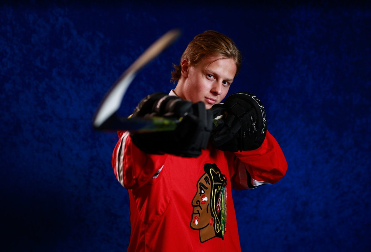 &quot;What I love about him is his attacking mindset. He&#39;s always looking to jump up and make a play, looking for opportunities and wants to make a difference in the game.&quot;  —@coreypronman of @TheAthletic on Adam Boqvist. #Blackhawks<br>http://pic.twitter.com/RUWpd8mswx