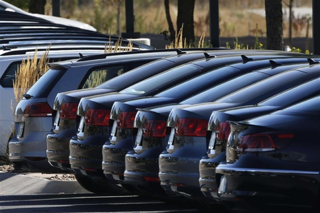 Automobilisti infedeli al marchio: ecco perché quando compriamo un'auto nuova cambiamo casa... https://t.co/hSLUm8BzIX