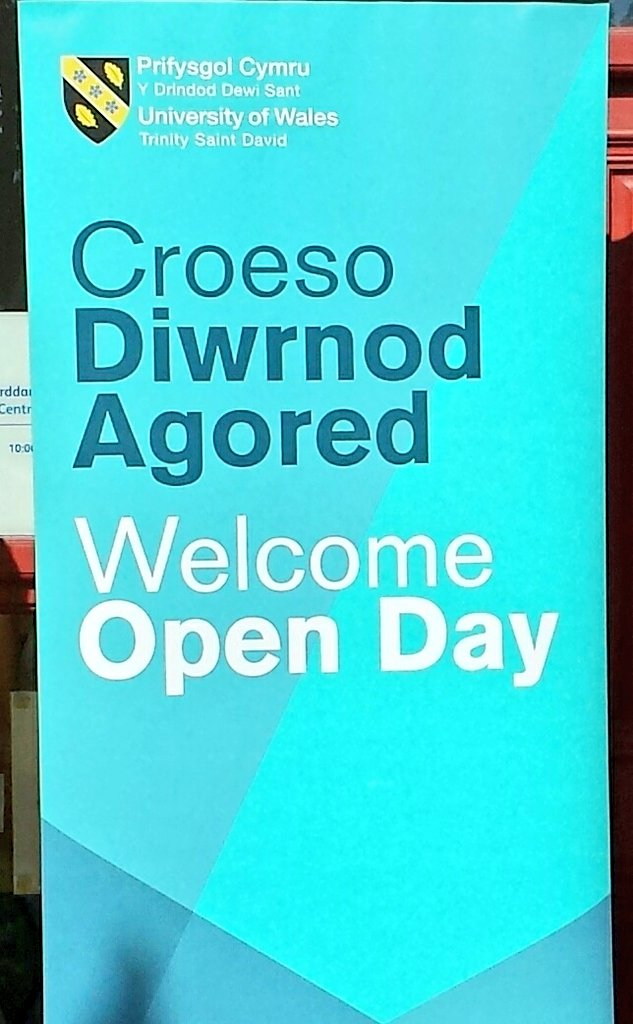 Super sunshine over Swansea!  Thank you to all our #UWTSD #Swansea #OpenDay visitors today. We loved meeting you and hope to see you @uwtsd again soon. #GoodTimes #DyddieDa <br>http://pic.twitter.com/sdpvj3HR58