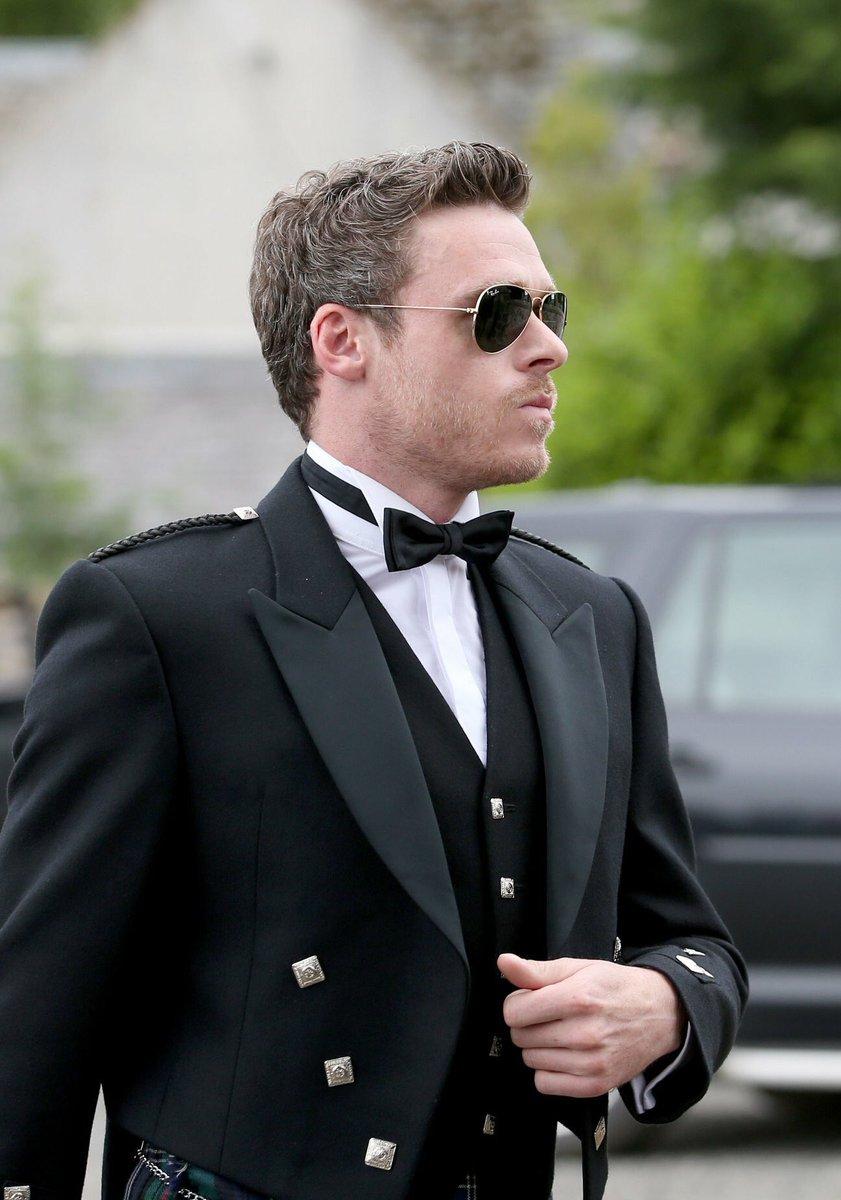 Richard Madden (Robb Stark) - Casamento de Kit (Jon Snow) e Rose Leslie (Ygritte)