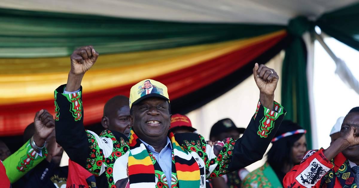 Zimbabwe. Le président sain et sauf après une explosion lors d'un meeting https://t.co/WzTSzG0xSM