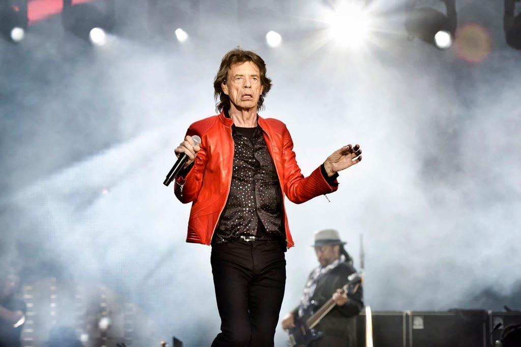 Jogo da Alemanha daqui a pouco e show do Rolling Stones em Berlim ontem. Coincidência??????  Acompanhe o Tempo Real de Alemanha e Suécia em https://t.co/UKAFEHA7kH   #ESPNnaRússia #ZicaPraAlemanha