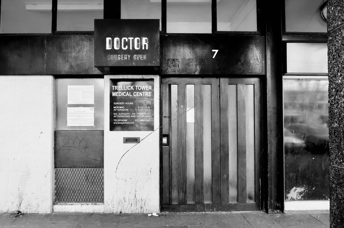 At Trellick Tower, even the sign for the Doctors is a work of art. Hope it survives the renovations<br>http://pic.twitter.com/9Ee3eb56kb