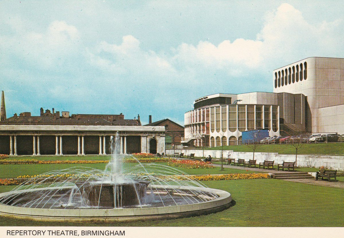 A postcard showing Birmingham Rep in the 70s <br>http://pic.twitter.com/8Xc92JyGzc
