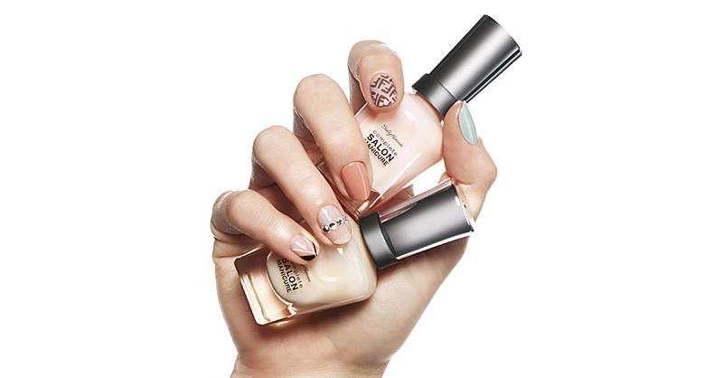 The 4 Nail Trends That are Taking Over In 2018 https://t.co/RSgycjuRPk