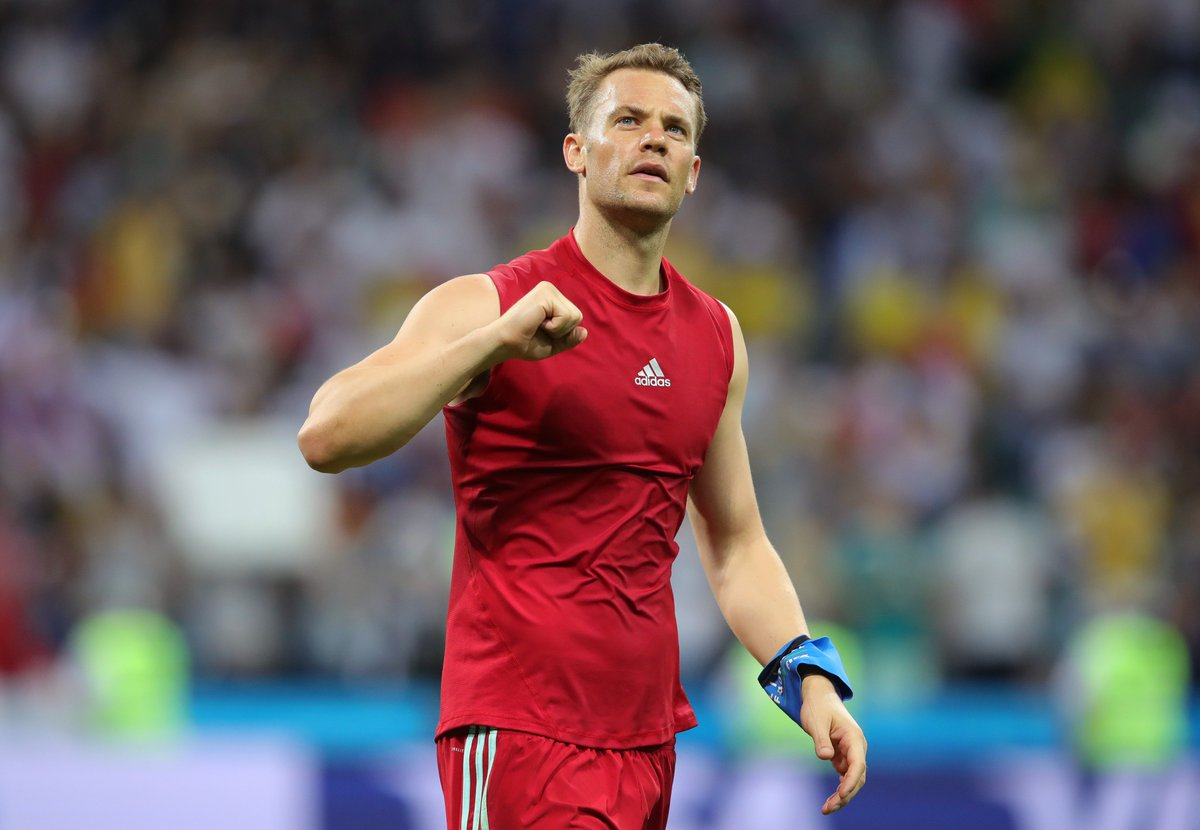 FC Bayern English's photo on Neuer
