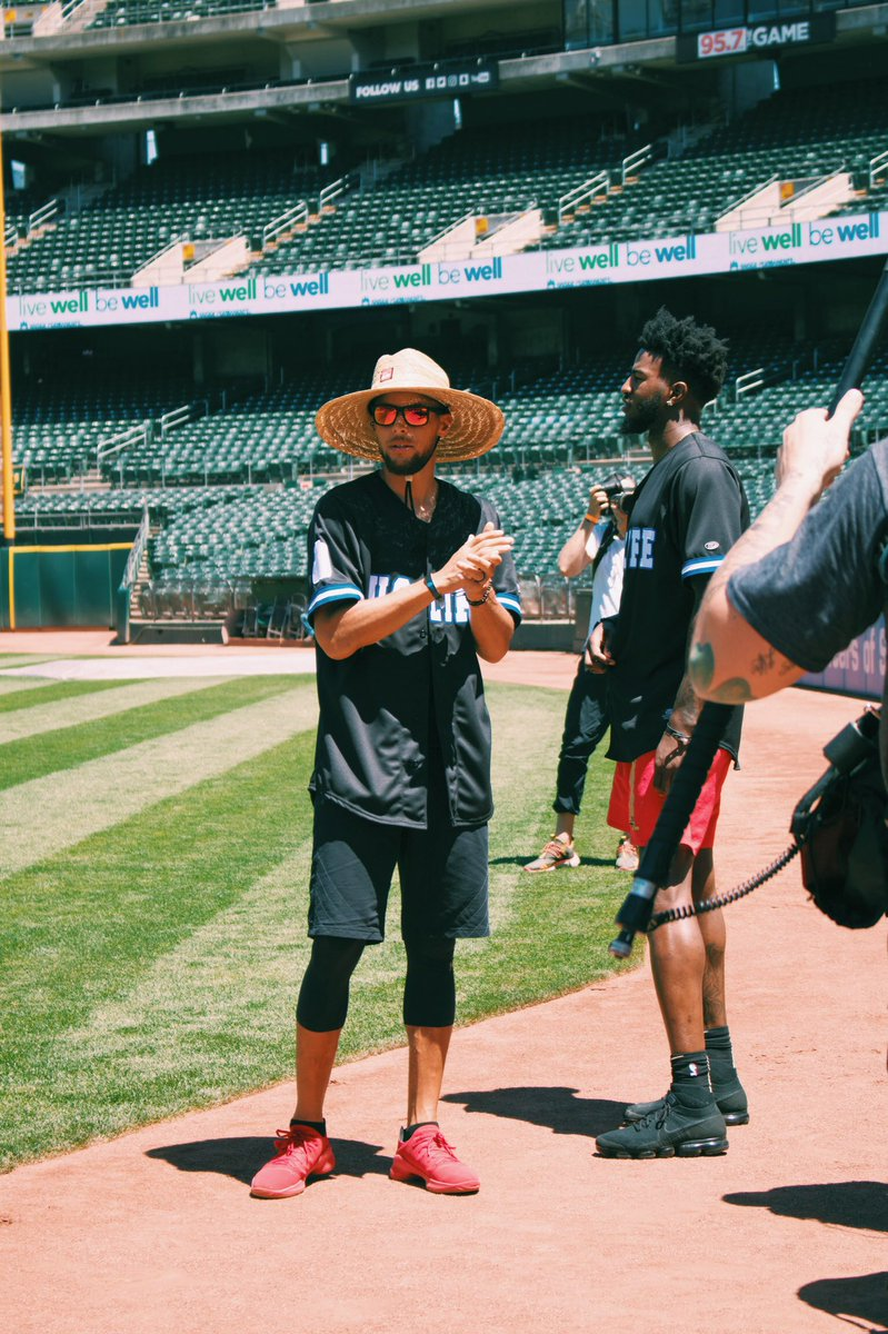 .@JaValeMcGee's Juglife charity softball tourney brought out all the stars 🔥