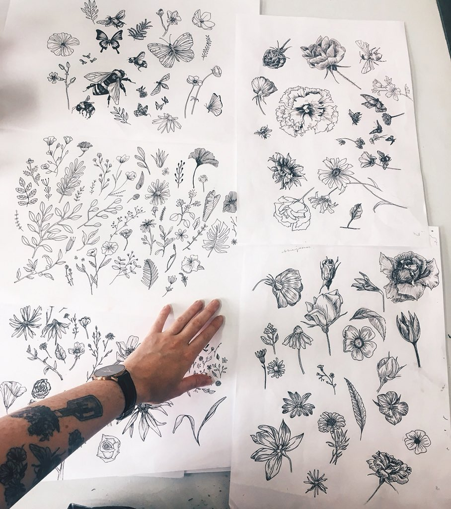 I need some help getting my artwork out there, Twitter I'm putting my faith in you! I'm currently designing tattoos and as somebody who isn't a tattoo artist, it's difficult to get work. Please RT this and help a gal out! Designing in this style at a reasonable price  <br>http://pic.twitter.com/5ek3k1tzJM