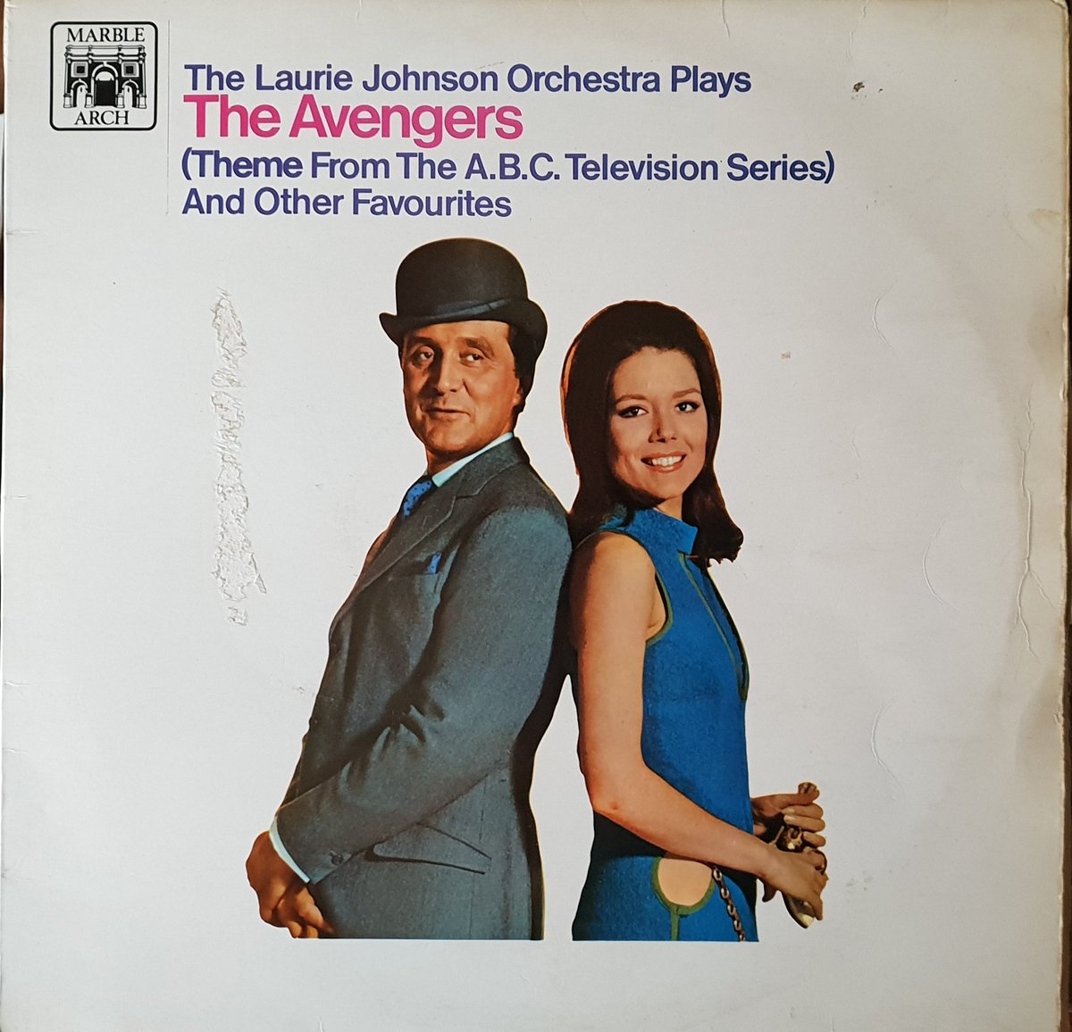 Went through some of my dad&#39;s record collection; love an old album cover. So wonderfully simplistic. Might do one every week.  I&#39;ll start with this beaut.... #theavengers #patrickmcnee #dianarigg #albumcover #lauriejohnson #45rpm<br>http://pic.twitter.com/DVZBwPpb3l