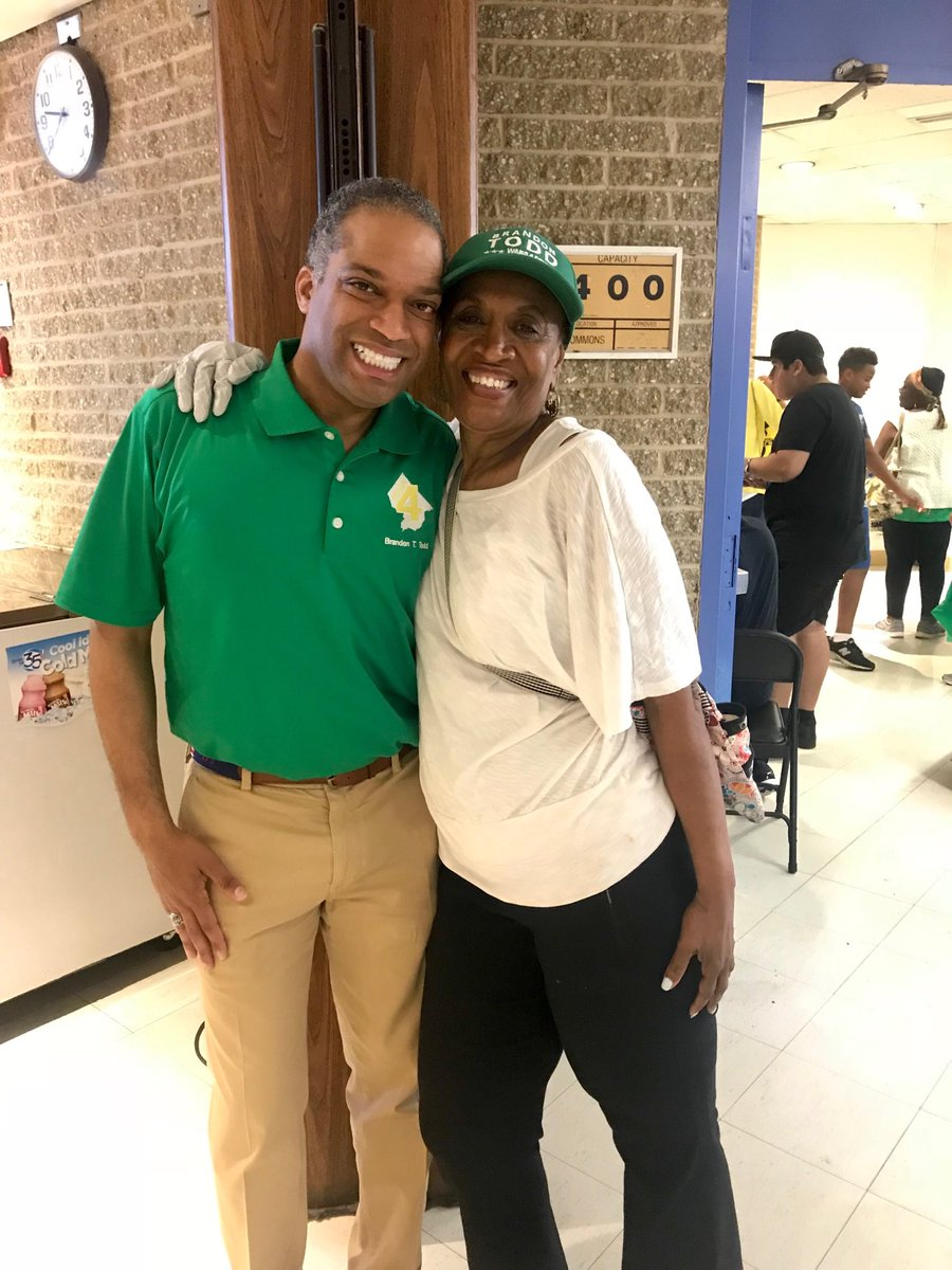 @CMBrandonTodd had the best #Ward4 Family Day at #West It was a pleasure to serve!  #DC #communities<br>http://pic.twitter.com/YlJfD5jAsa