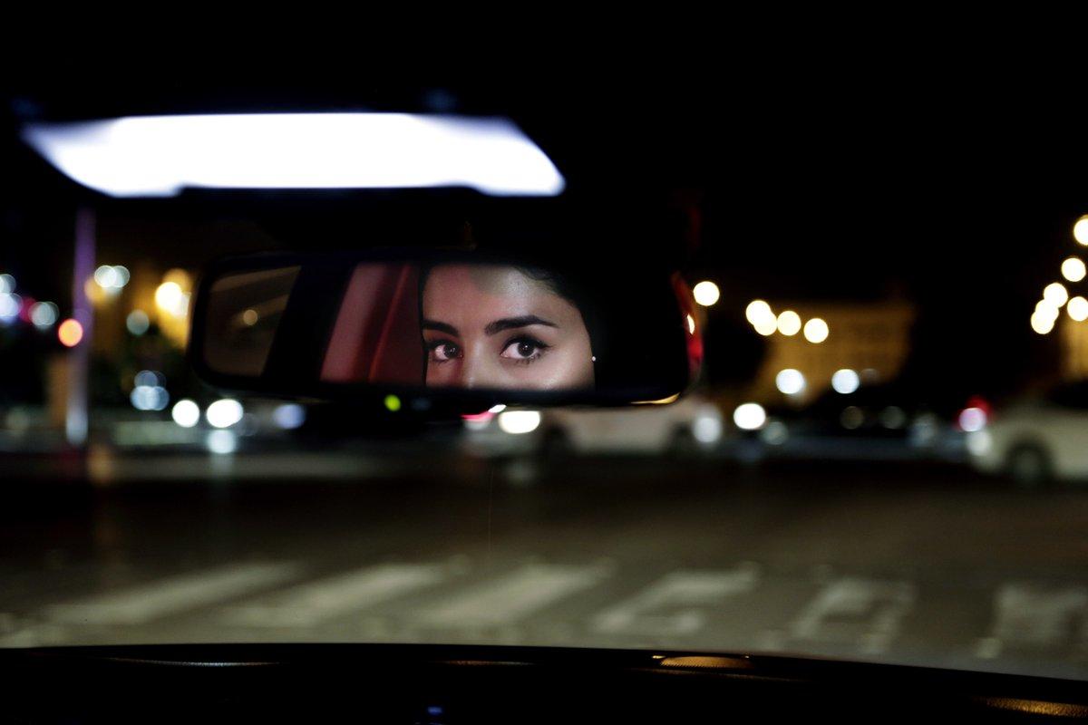 GALERIA. Mulheres liberadas para dirigir na Arábia Saudita. Veja: https://t.co/s4Mk0IBkDR