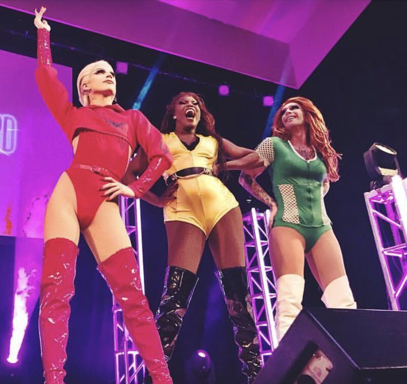 name a more iconic trio @AsiaOharaLand @KameronMichaels ... Opening night of our 10s Across the Board tour was MAGIC... make sure to go to  http:// ageofaquaria.com  &nbsp;   to get tix before they sell out because I swear they will &lt;3 <br>http://pic.twitter.com/sqljrDKX7k