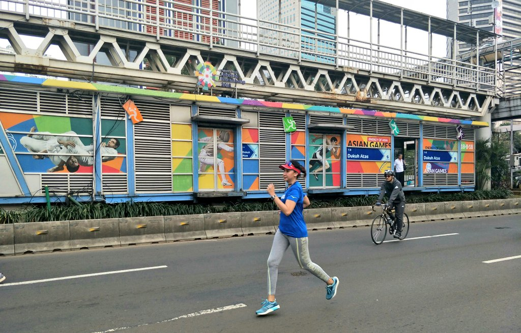 Color your life and run like hell!  @infocarfreeday_ @asiangames2018 #CarFreeDay #AsianGames2018<br>http://pic.twitter.com/CAcgiwRnWC