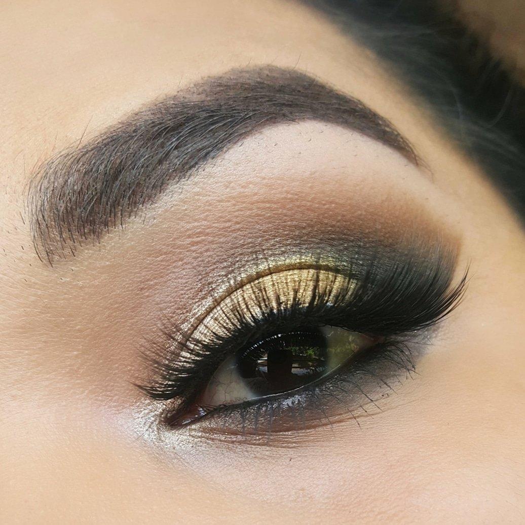 e818af0e892 #wetandwild #covergril #morphe35b #morphe #lagrilcosmetic #jordanacosmetics  #kissproducts #makeuponfleek #makeuptime #makeupideas #makeuplatina  #makeupinspo ...