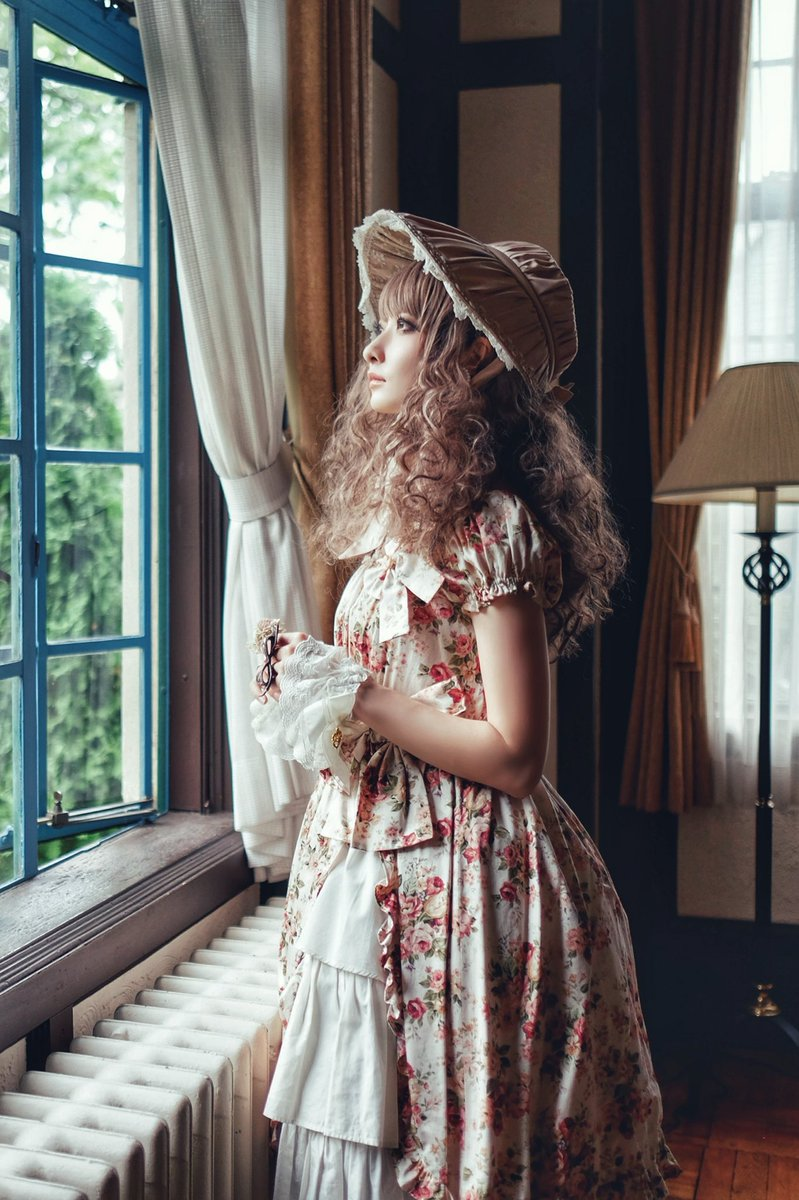 Waiting for your return...  dress: Victorian Maiden photo/retouch: @paristrios<br>http://pic.twitter.com/toP5SYY6P1