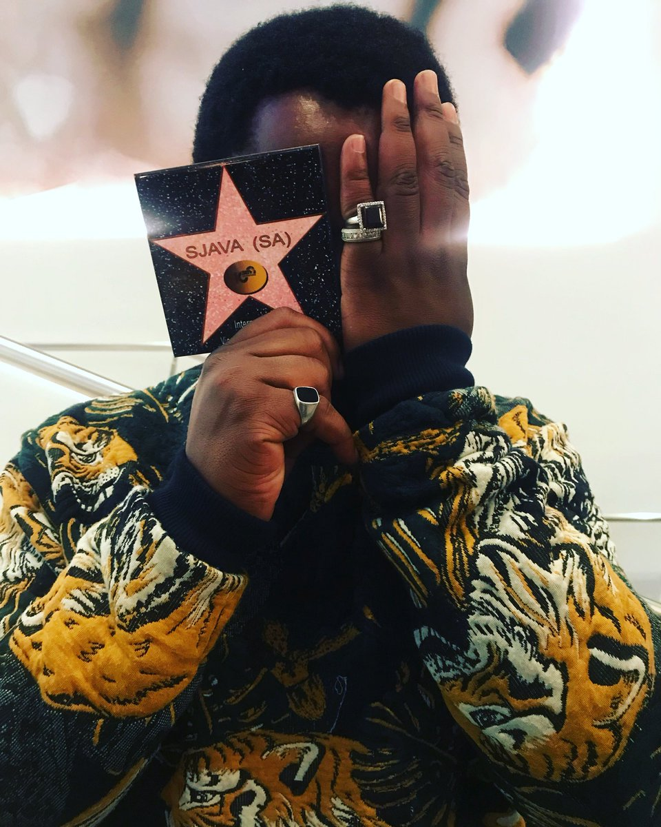 This moment was golden. @Sjava_ATM at the Coins and Cocktails Party with @menzgold. #BETAwards2018  in association with @RussianBearSA and @METROFMSA. <br>http://pic.twitter.com/aoCxwcqyy5