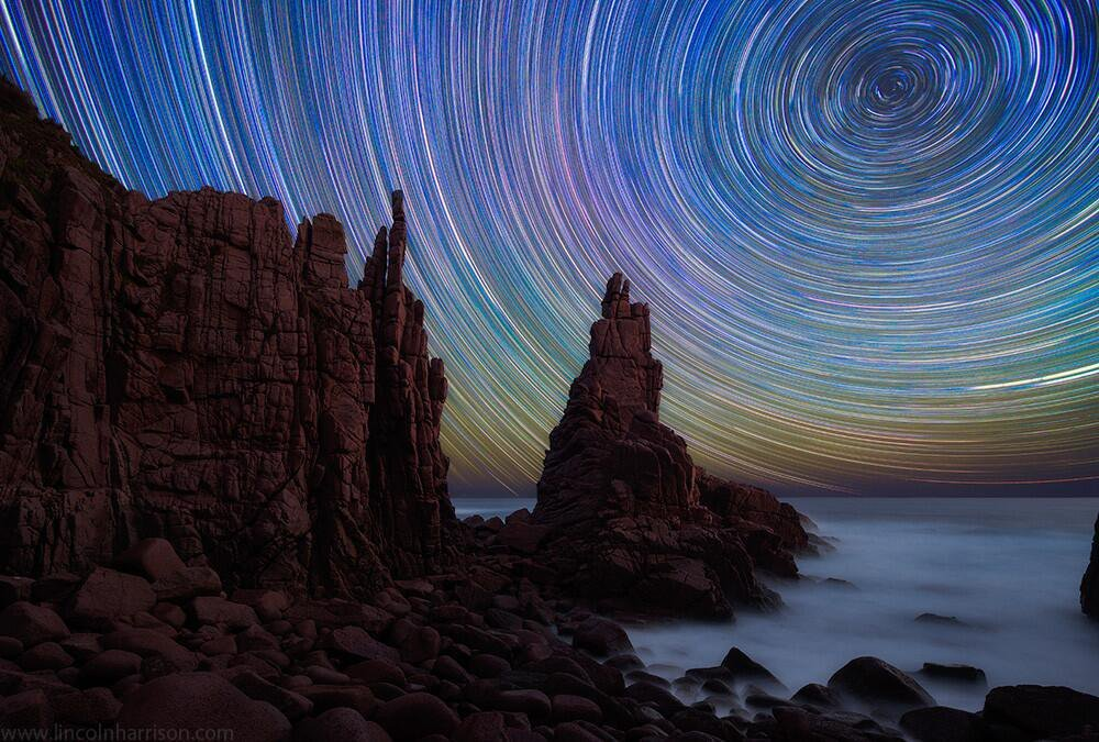 #Space: colorful #startrails above the Pinnacles at Cape Woolamai. #GoodMorning! https://t.co/K1rfQu9oTA via @500px