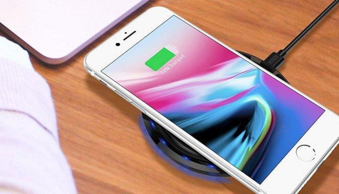 Basetta di ricarica wireless per Galaxy S9, iPhone 8 ed iPhone X in sconto oggi su Amazon - keyforweb.it/basetta-di-ric… - #tecnologia #technews
