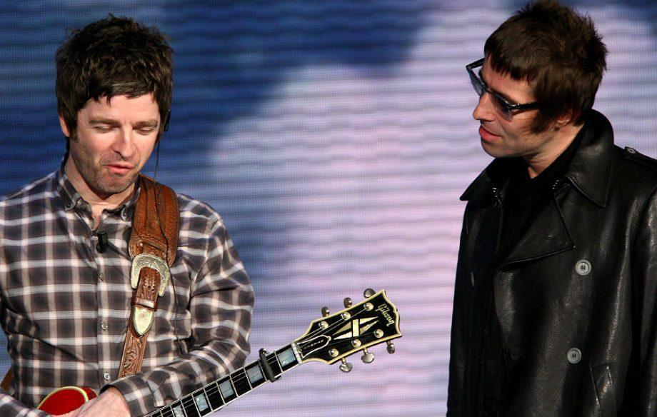 Liam Gallagher admits Oasis is 'over' and explains why Noel wouldn't be in the band today fal.cn/yWKw