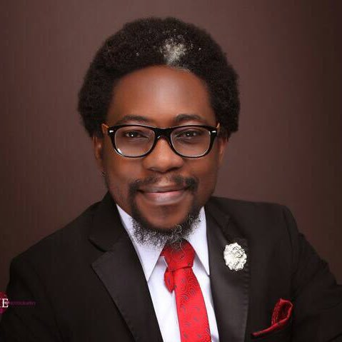 If u abhor the illegalities perpetuated by the police and SARS operative. Then let&#39;s join hands to  support this man @segalink and also @citizen_gavel towards achieving a complete reform in the police. The future is now. Sir we appreciate ur effort so far. <br>http://pic.twitter.com/t6xNR7SoJc