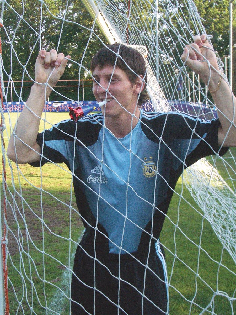 Santos Voetbalcultuur On Twitter 31 Jaar Wordt Ie Vandaag Lionel