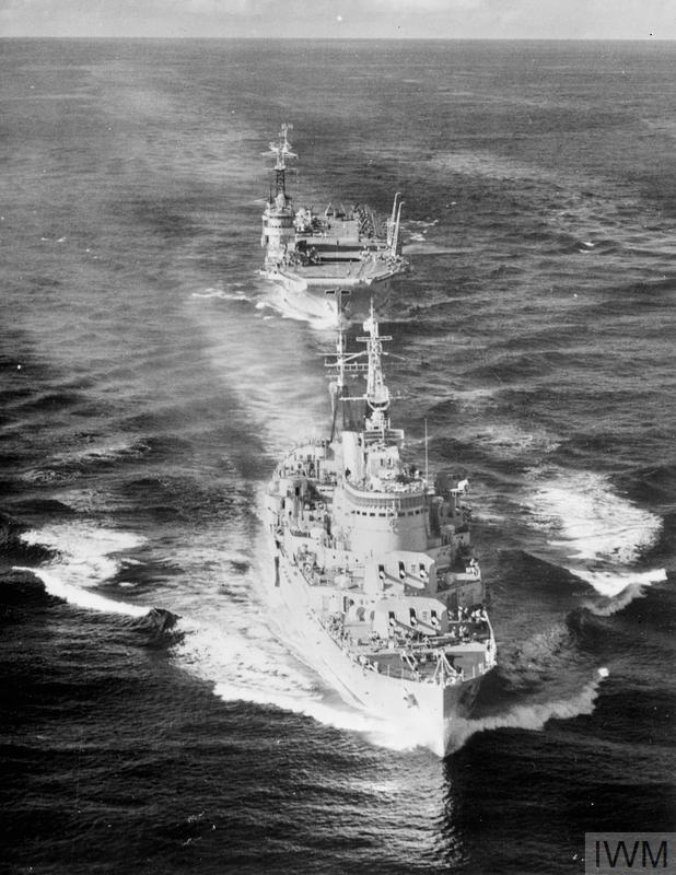 HMS Birmingham and HMS Warrior in line ahead while exercising off Hong Kong, 1954. <br>http://pic.twitter.com/oqT7ff3Wa6