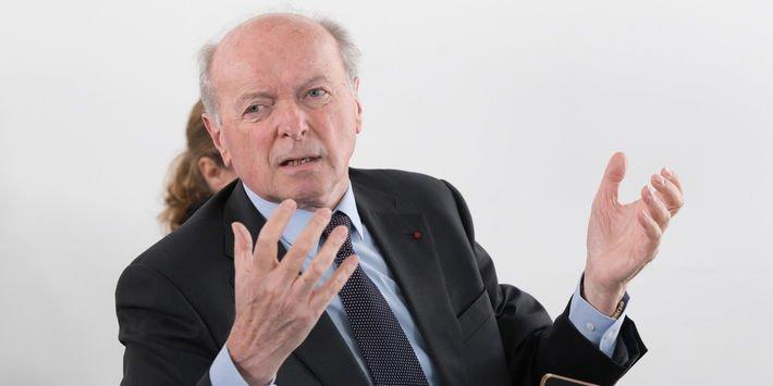 Le Défenseur des droits, Jacques Toubon, sur la crise des migrants : 'L'idée de submersion est fausse, le solde migratoire en France est nul sur la période des trente dernières années' https://t.co/3wUCF2aiKh