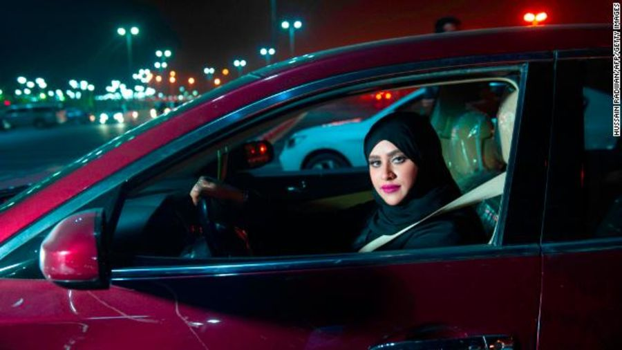 At the stroke of midnight on Sunday, Saudi women were legally allowed to drive for the first time - and they've wasted no time getting behind the wheel. Live updates from across Saudi Arabia: https://t.co/wJhxKH9wCJ