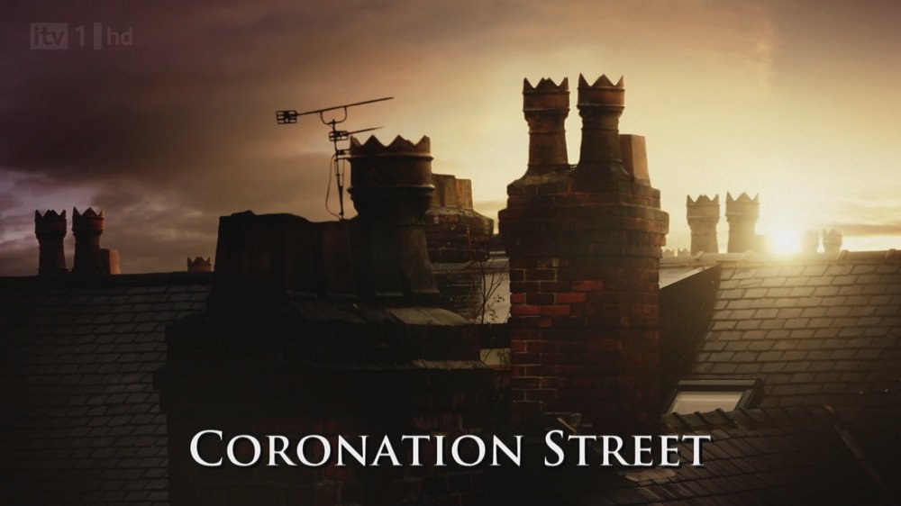 A seriously famous face wants to make appearance on #Corrie https://t.co/8zPjO2vHVo