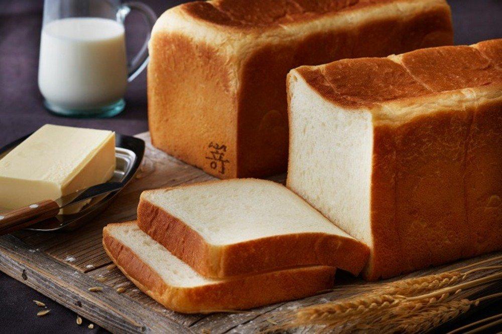 高級食パン「嵜本」2号店が大阪梅田・茶屋町にオープン - ミミまで美味しい食パン -
