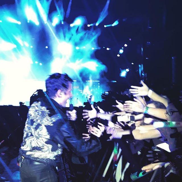 Thank you Lisbon! Amazing crowd tonight  https://t.co/MGDRmP5nJG https://t.co/38xsRtsWaP