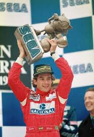Most bizarre trophy since the 93 European GP #FrenchGP<br>http://pic.twitter.com/1i7PaW00xw