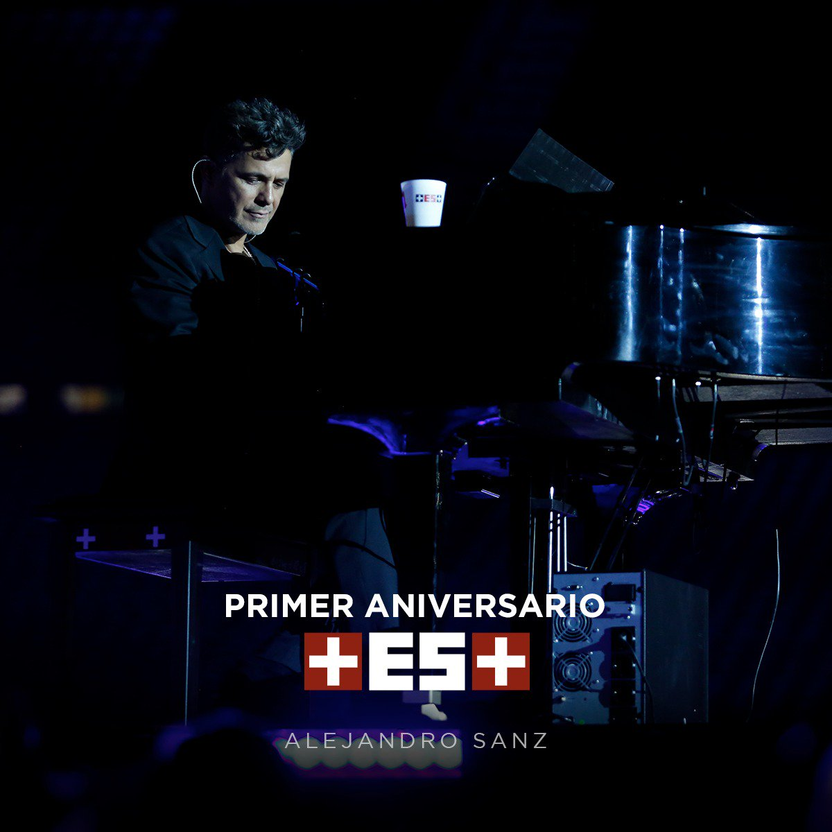 Alejandro Sanz's photo on #UnAñoDeMásEsMás