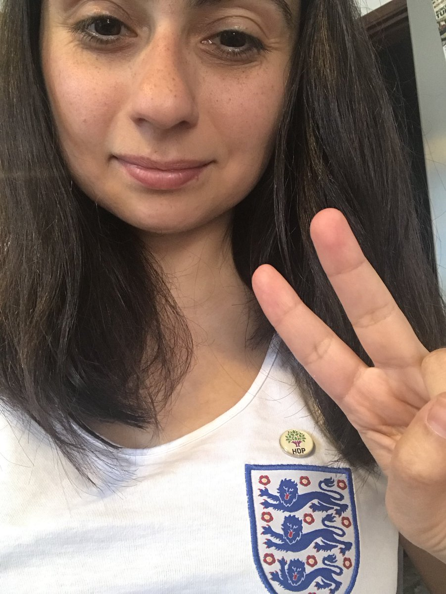 Today I'm supporting England and HDP - one vote for Demirtaş, one vote for Harry Kane, one vote for @HDPgenelmerkezi  #ENGPAN #Seçim2018 #WorldCup #TurkeyElection2018 <br>http://pic.twitter.com/TeE5woICVl