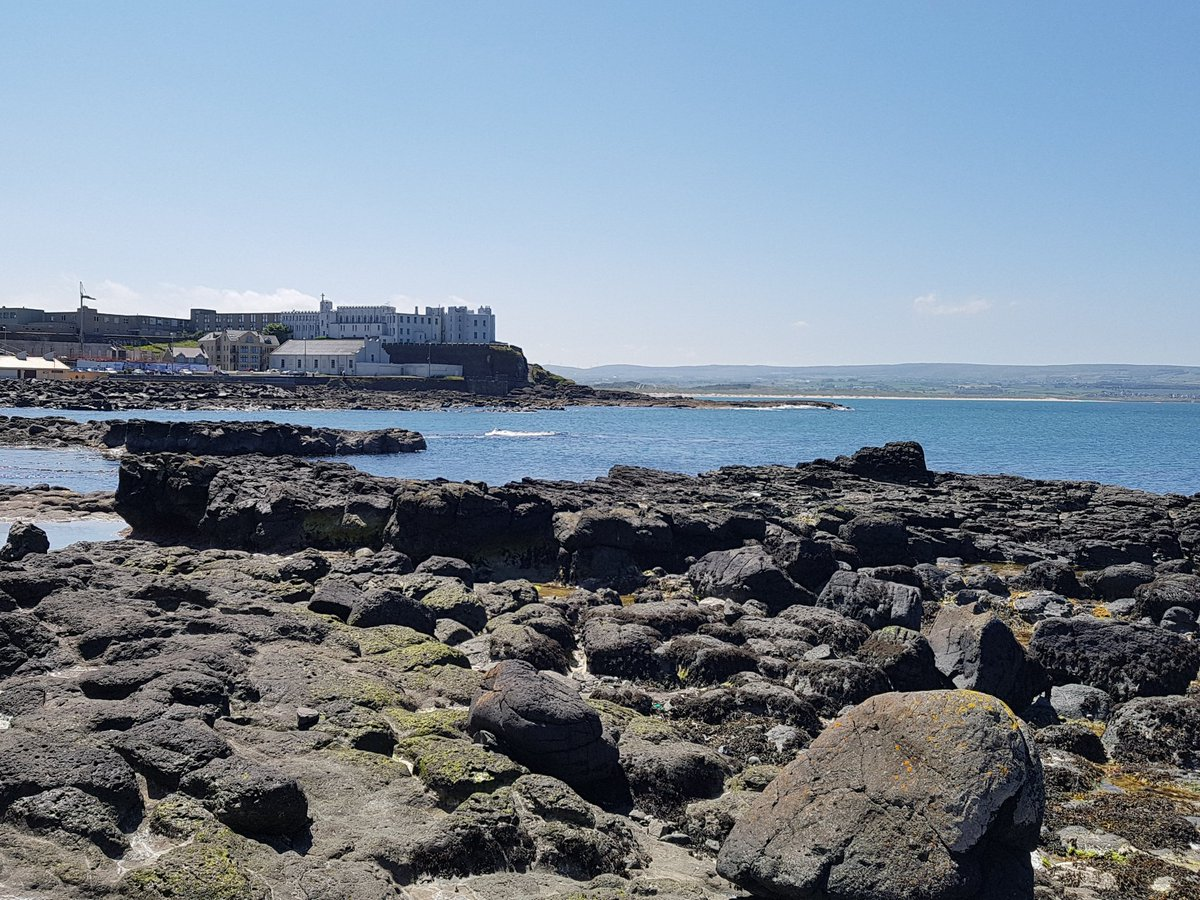 Beautiful day with temperatures on the up #Portstewart ☀️☀️☀️☀️☀️☀️